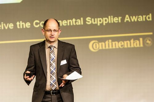 Continental_supplier_award_2012l